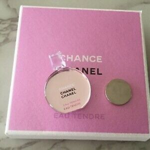 CHANEL Other - NEW CHANEL CHANCE PIN